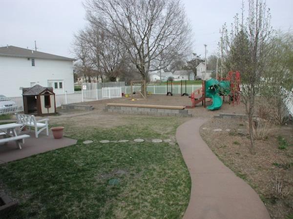 Abundant Playscapes Montessori Children 39 S Garden North Liberty Portfolio